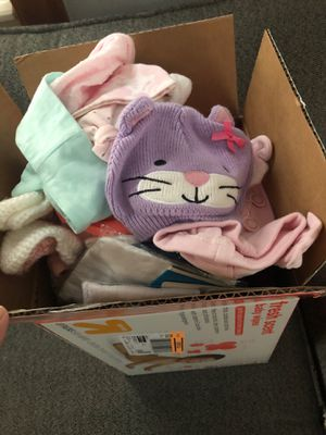Free baby girl clothes for Sale in Bedford Park, IL