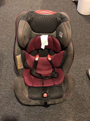 Evenflo convertible car seat for Sale in Toledo, OH