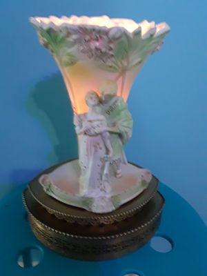 Vintage figural vase lamp for Sale in Riviera Beach, FL