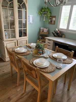 Kitchen table with 4 wicker wooden chairs for Sale in Vallejo, CA