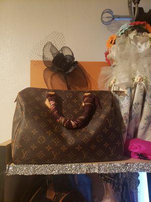 Speed35 Louis Vuitton big bag for Sale in San Antonio, TX