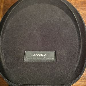Bose Quite Comfort 15 Headphones for Sale in Indianapolis, IN