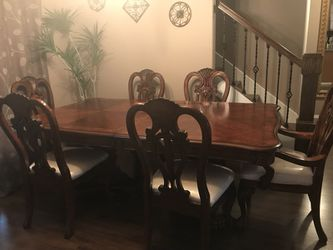 Dinning table for sale for Sale in Vancouver,  WA