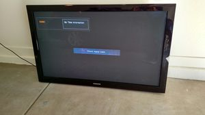 Samsung LCD 55 inch flat screen 720p HD TV, includes wall mount for Sale in Chandler, AZ