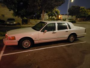 1994 Lincoln town car for Sale in Bellflower, CA