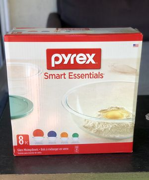 Pyrex 8 piece mixing bowl set for Sale in Los Angeles, CA