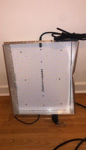 Full Spectrum Mars Hydro LED Light 1000w for Sale in Warren, MI