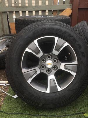 Llantas para Chevrolet Colorado en excelentes condiciones for Sale in Lakewood, CO