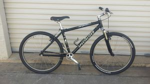 Specialized stumpjumper com. Mtn bike single speed. 17inch frame for Sale in Plano, TX
