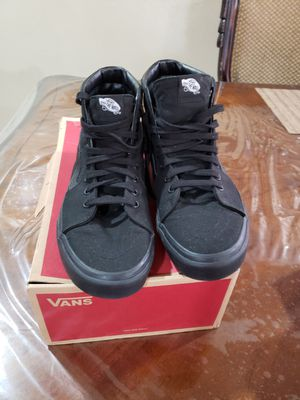 Size 10 men like new price firme for Sale in Palmdale, CA