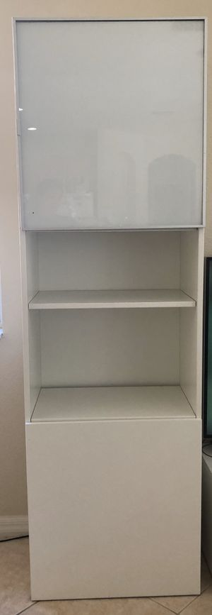 2 Cabinet storage and shelf for Sale in Brandon, FL