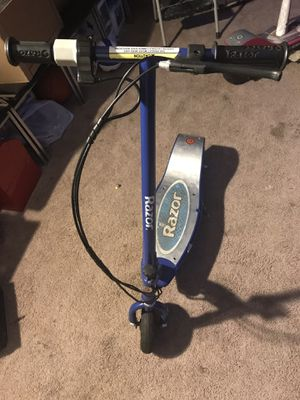 Razor electric scooter for Sale in Federal Way, WA