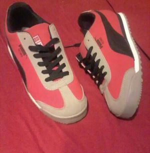 Pumas size 2. $25 for Sale in Lithonia, GA