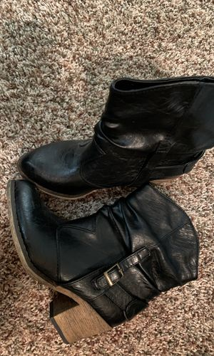Wet Seal black cowboy style boots women's size 6 for Sale in North Salt Lake, UT