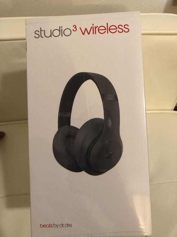 NEW -Studio 3 wireless beats headphones