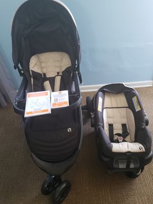 Baby trend car seat stroller for Sale in Durham, NC