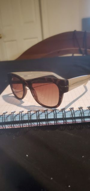 Womens fossil sunglasses for Sale in Kennesaw, GA
