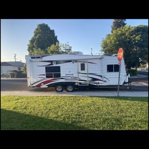2008 Weekend Warrior Toy Hauler for Sale in Salida, CA