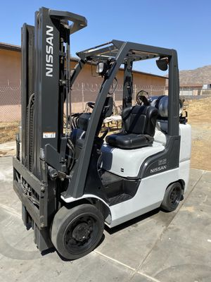 2010 NISSAN FORKLIFT FOR SALE for Sale in Irvine, CA