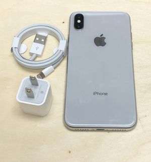 iPhone X 256GB Factory Unlocked-Silver for Sale in New York, NY