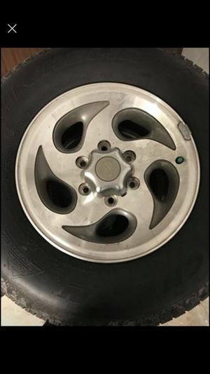 4 michelin tires with rims for Sale in Tampa, FL