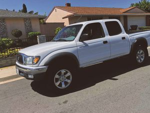 BLUETOOTH ASSESSAMBLE TOYOTA 2003 TACOMA for Sale in Tampa, FL