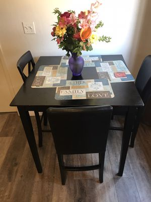 Square Dining Table for Sale in Sunnyvale, CA