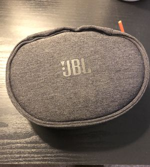 JBL WIRELESS BASS BOOSTED NOISE CANCELLING HEADPHONES for Sale in Norfolk, VA