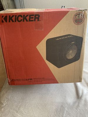 "12"" kicker comp R subwoofer & 1200watt kicker amp for Sale in Golden, CO"