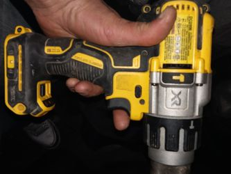 Dewalt Xr Drill Driver Used But Still In Good Shape for Sale in Portland,  OR