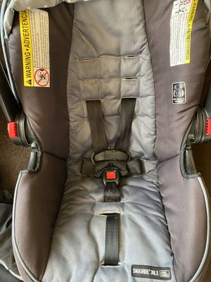 Infant car seat and Cozy cover for Sale in Anchorage, AK