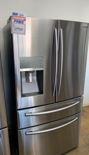 Samsun Stainless Steel Refrigerator 24 Cubic ft for Sale in Phoenix, AZ