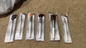 Makeup brushes for Sale in Sully Station, VA