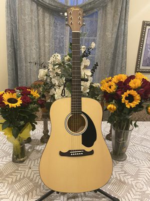 natural yamaha acoustic guitar with soft case for Sale in South Gate, CA