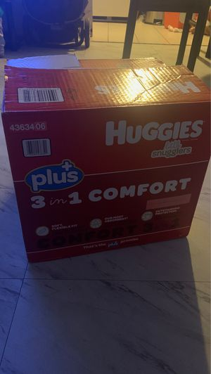 Diapers size 2 for Sale in Signal Hill, CA