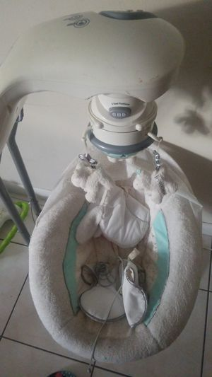 Baby swing for Sale in Fort Lauderdale, FL
