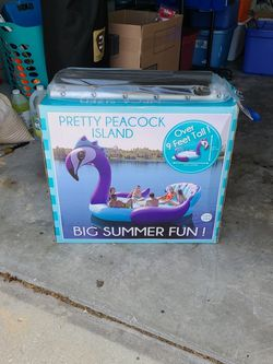 Giant Inflatable Peacock & Paddle for Sale in Winter Haven,  FL