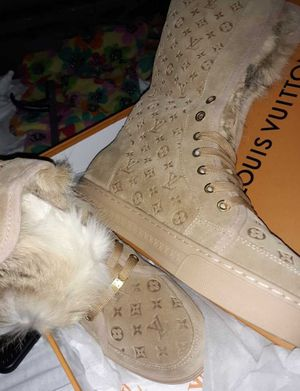 Louis Vuitton luxury designer fashion boots for Sale in The Bronx, NY