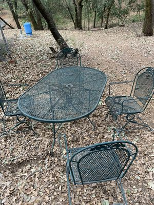 Outdoor furniture set for Sale in Applegate, CA