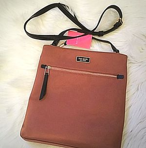 Kate ♠️ Spade Dawn Sparrow Large crossbody in dusty rose for Sale in Coram, NY