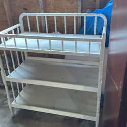 Wooden Baby Changing Table for Sale in Des Moines,  WA