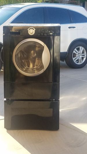 Kenmore washer with stand for Sale in Queen Creek, AZ