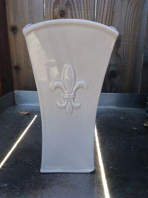Flower Vase for Sale in Reedley, CA