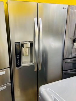 Refrigerator for Sale in Pico Rivera,  CA