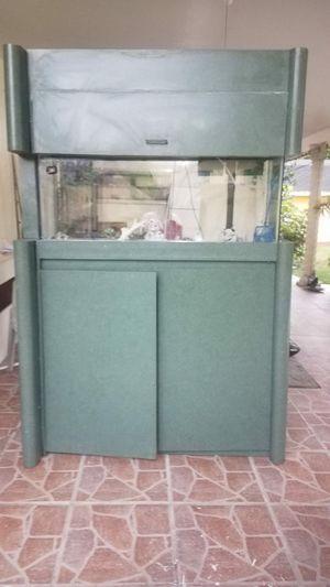 55 gallon fish tank for Sale in North Miami Beach, FL