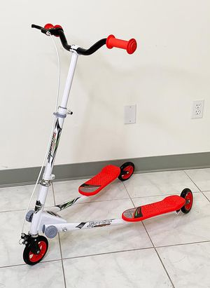 "Brand new $40 each Kids Scooter Kick Swing Wiggle 3-Wheel Adjustable Height 30""-36"" for Girls & Boys 5+ Year Older for Sale in Montebello, CA"