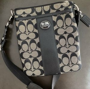 Coach Crossbody Bag for Sale in Spring Valley, CA