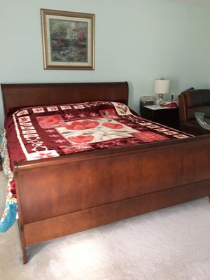 King size plush soft blanket for Sale in Silver Spring, MD