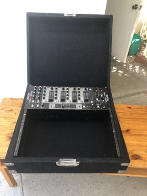 """19"""" rack mountable box for DJ for Sale in Los Angeles, CA"""