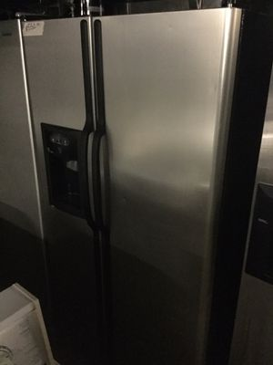 Stainless steel and black refrigerator/ 90 day Warranty for Sale in Durham, NC
